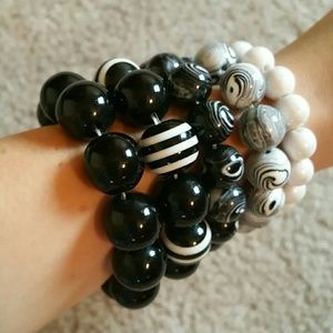 Jewelry - Black & White Bracelet Bundle
